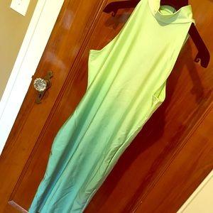 Dresses & Skirts - NWOT STUNNING Open Back Ombré Dress!!